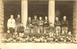 1919-wayne-king-sths-football-1